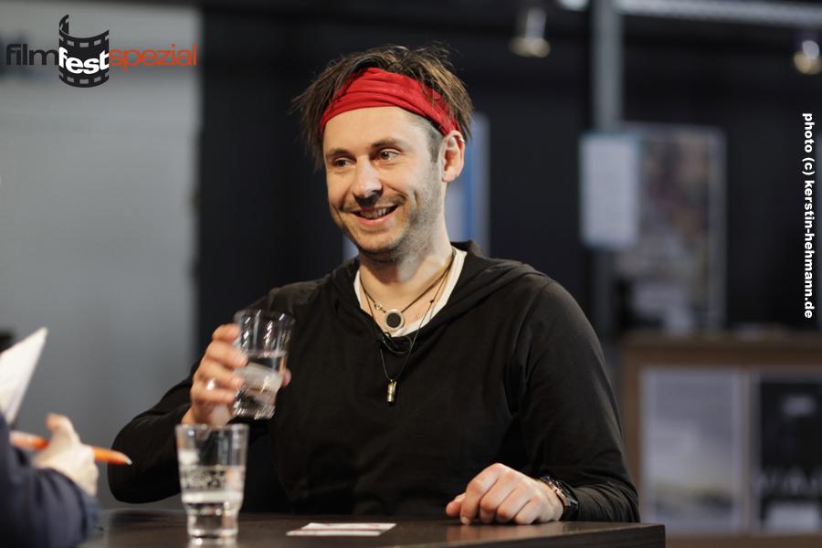 """Regisseur Damian Schipporeit """"Der Alte Mann und die Katze""""."""