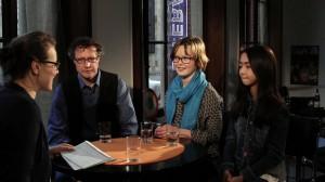 Clara Beutler mit dem Team von ENTE GUT!: Regisseur Norbert Lechner und die Darstellerinnen Lisa Bahati Wihstutz und Lynn Dortschack (v.l.)
